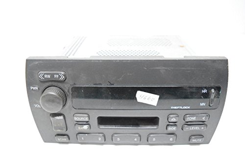 - 00 01 CADILLAC DEVILLE RADIO CASSETTE PLAYER OEM