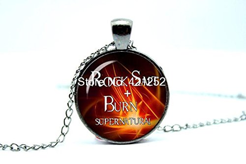 Pretty Lee 2015 Fashion Supernatural Necklace Rock Salt And Burn Dean Winchester Sam Winchester Glass Photo Cabochon Necklace Christmas (Winchester Rocks Glass)