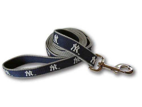 MLB New York Yankees Reflective Dog Leash, Medium/Large - New York Yankees Dog Bandana