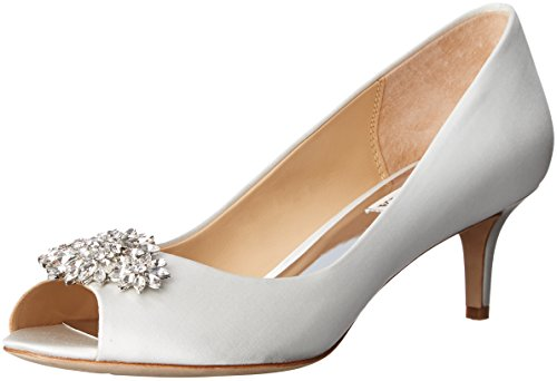 Badgley Mischka Women's Nakita Dress Pump, White, 7 M US by Badgley Mischka