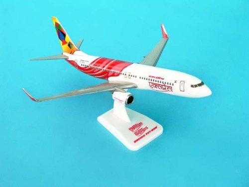daron-hg3800gb-hogan-air-india-express-737-800w-with-gear-reg-no-vt-axb-by-daron-worldwide