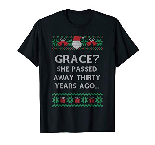 Christmas Family Winter Vacation Ugly Sweater Style T-shirt]()