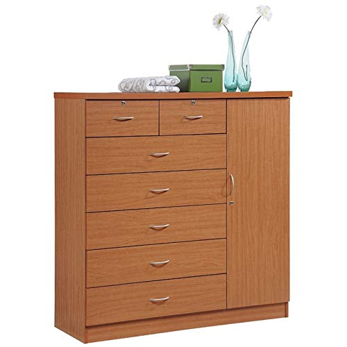 (Pemberly Row 7 Drawer Chest in Cherry)