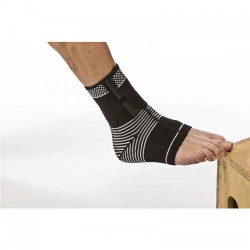 Cho-Pat Dynamic VE Ankle Compression Sleeve - Medium (8.25
