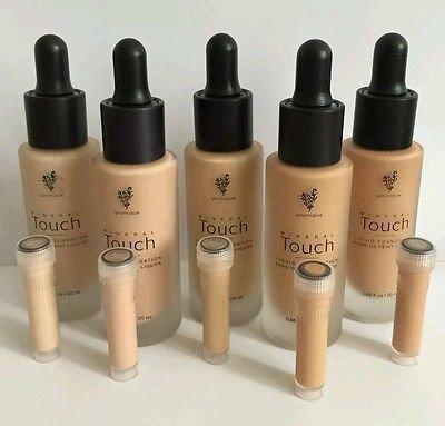 Younique Touch Mineral Liquid Foundation - Satin