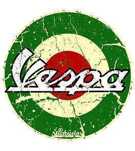 Adhesivo de Voodoo Street™ , con diseñ o de Vespa, circular, color verde