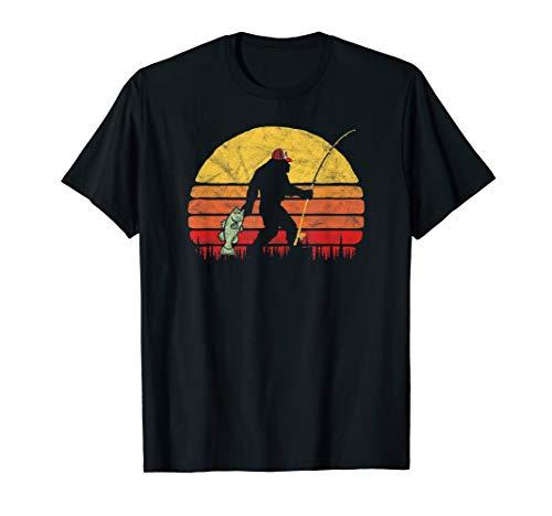 (Bass Fishing Bigfoot In Trucker Hat Retro Funny Gift T Shirt)