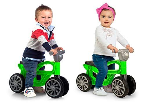 Correpasillos con cuatro ruedas