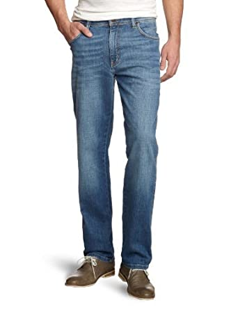 d6a42286 Wrangler Men's Arizona Stretch Worn Broke Jeans