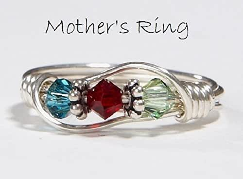 3 stone mother 39 s birthstone ring personalized. Black Bedroom Furniture Sets. Home Design Ideas