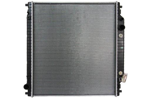 NEW RADIATOR ASSEMBLY FITS FORD 99-05 EXCURSION F150 F250 F350 HERITAGE 5.4L V8 2366 3C3Z 8005 FA FO3010139 CU2170 FD37068A