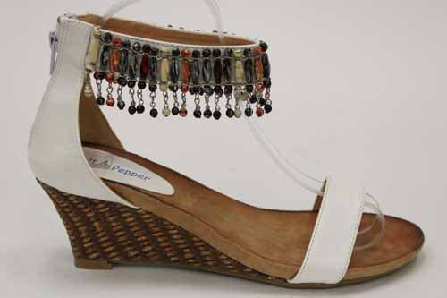 Med Wedges Toe Post Beaded Sandals Size