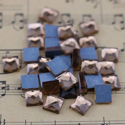 (Calvas 100Pcs 8MM Square Glass Stone Beads Flatback Glue Apply Strass Crystal DIY 12Colors for You Selection - (Color: Smoked Topaz, Item Diameter: 8mm))