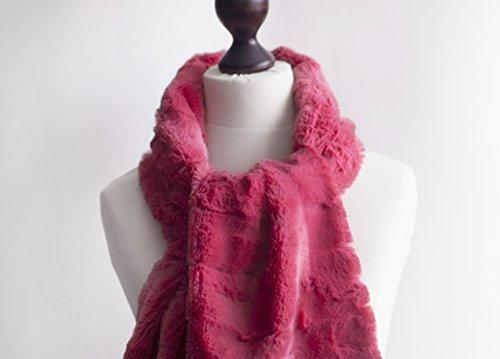 Amazon.com  Bright pink fur scarf. Faux fur scarf. Faux fur scafr in bright  rose. Faux fur neck warmer. Women chunky scarf. Pink fur neck wrap  Handmade 2655a618b6c7