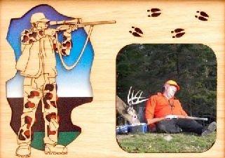 GiftWorksPlus Deer Hunter Oak Insert for a 5x7 Picture Frame from GiftWorksPlus
