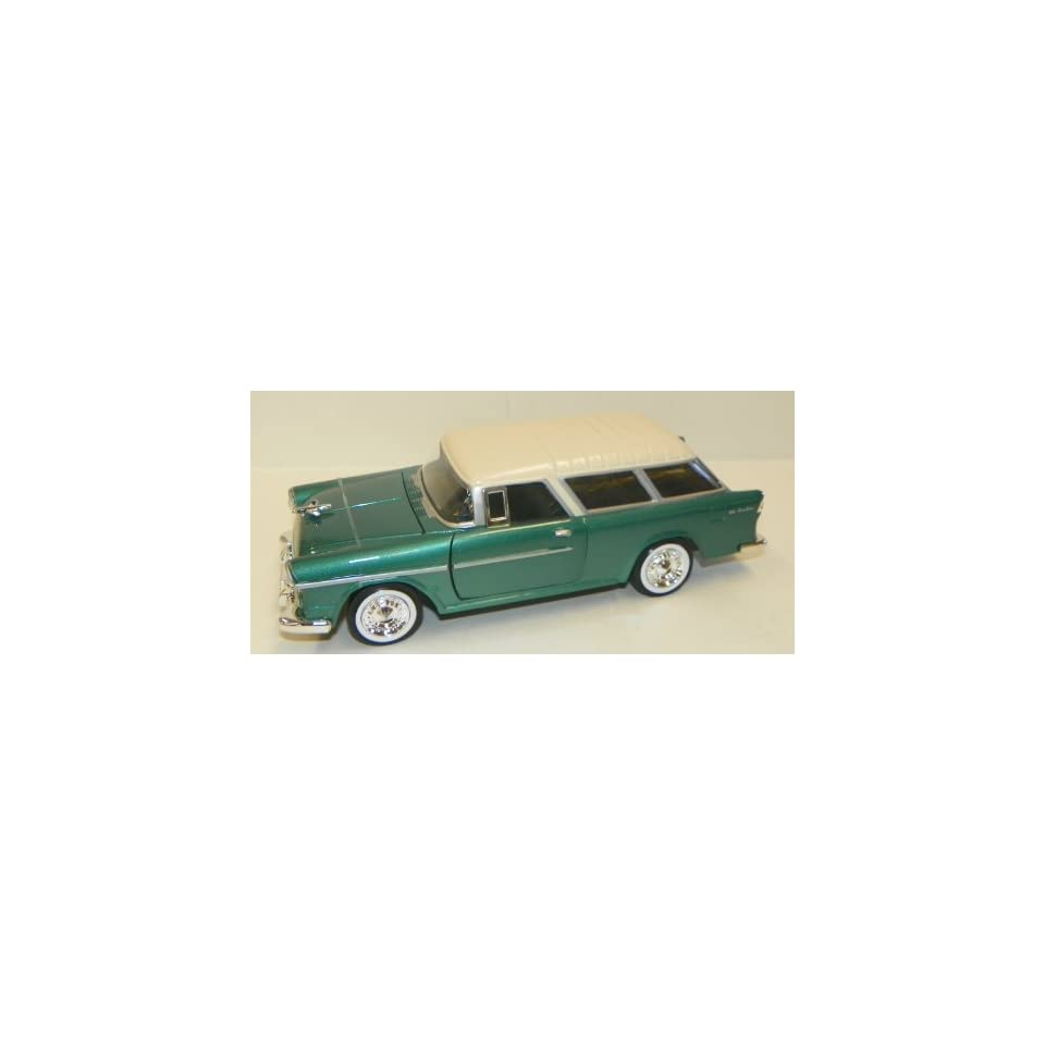 Motormax 1/24 Scale Diecast 1955 Chevy Bel Air Nomad in Color Green with White Top (color may vary)