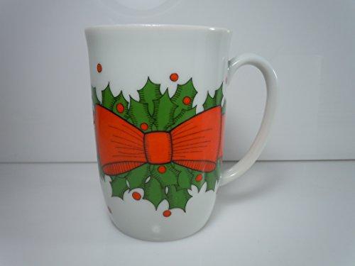 Fitz and Floyd Holly Wreath Mug 4