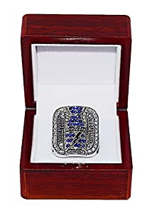 TAMPA BAY LIGHTNING (Brad Richards) 2004 STANLEY CUP FINALS WORLD CHAMPIONS Vintage Rare & Collectible Replica National Hockey League Silver NHL Championship Ring with Cherrywood Display Box