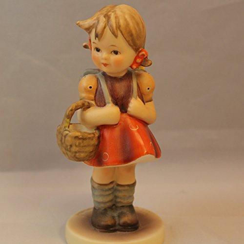 Goebel Hummel HUM 81 School Girl 81/0 Figurine c1960