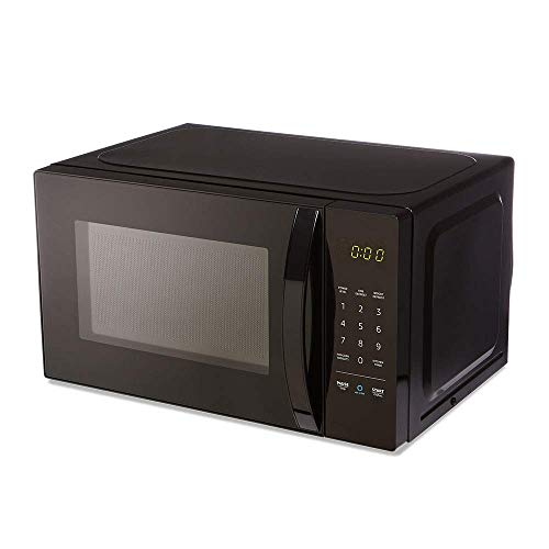 AmazonBasics Microwave, Small, 0.7 Cu. Ft, 700W, Works with Alexa (Cheap And Best Microwave Oven)