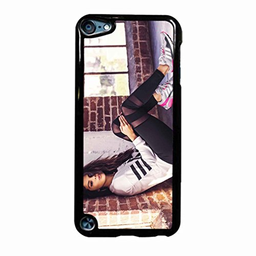 Selena Gomez Sporty Style Case / Color Black Plastic / Device iPod Touch 6