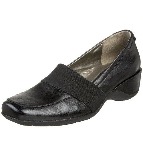 Naturalizer Women's Granbury Slip-On,Black Leather W/Black Stretch Gore,7 M ()