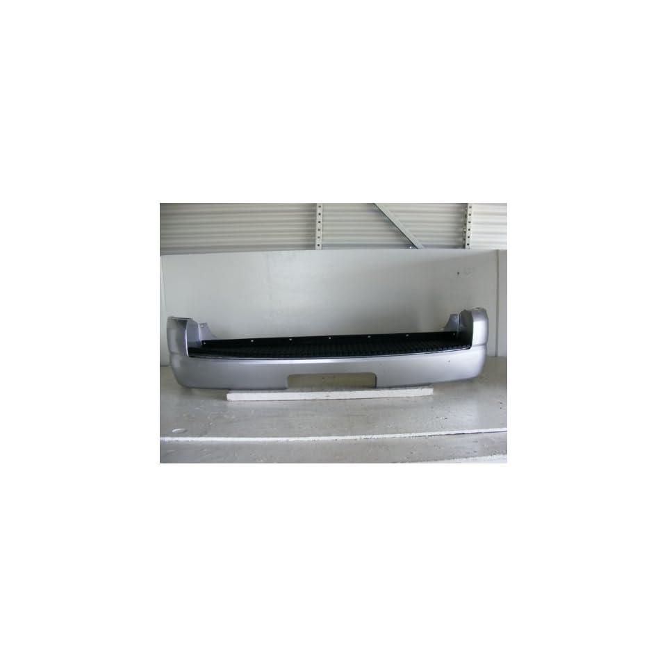 Ford Explorer Xlt Rear Bumper W/O Backup Sensor 04 05