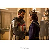 Tom Cullen 8 Inch x 10 Inch photograph Knightfall (TV Series 2017 -) Shaking Hands w/King kn