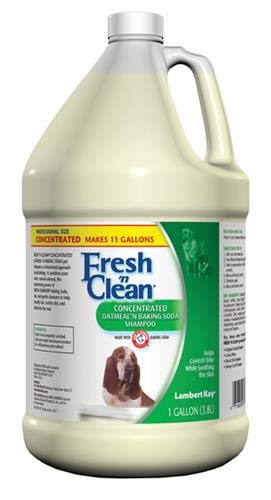 Lambert Kay Fresh'n Clean Oatmeal n Baking Soda Pet Shampoo, 1-Gallon