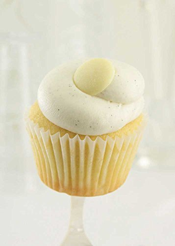 Sweet Street Vanilla Bean Cupcake - 8 per pack -- 4 packs per case. by Sweet Street