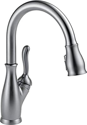 Delta Leland Single-Handle Kitchen Pull-Down Faucet with Magnetic Docking Spray Head, Arctic Stainless 9178-AR-DST
