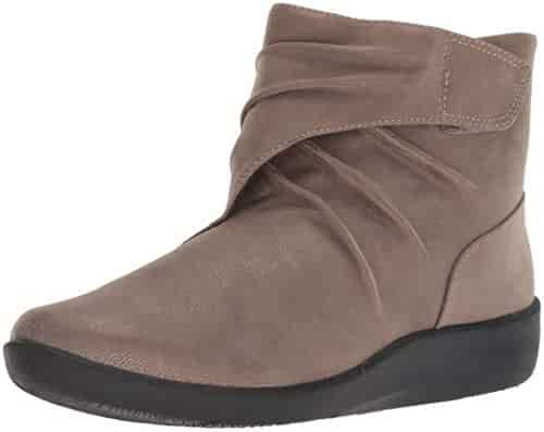 f5a13d03127e CLARKS Women s Sillian Tana Fashion Boot