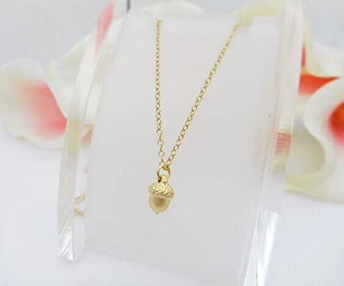Woodland Big Sis Gardening Gift Botanical Jewelry Outdoors Gift Acorn Necklace Delicate Necklace Nature Jewelry Layering Necklace