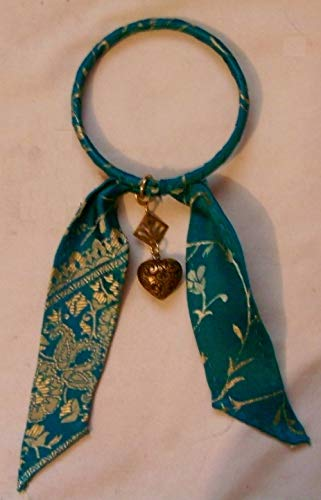 (Pierced Fan and Puffy Heart Gypsy Bangle Charm Bracelet Wrapped with Turquoise Brocade)