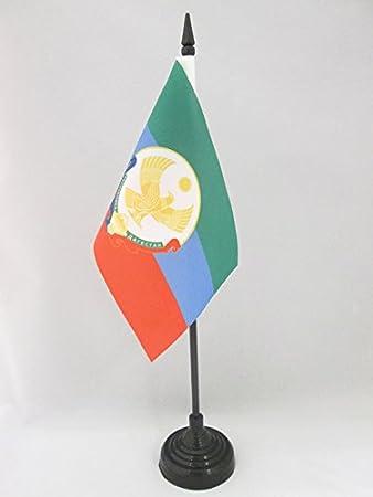 Russia AZ FLAG Republic of Dagestan Table Flag 4 x 6 Black plastic stick and base Russian Desk Flag 15 x 10 cm