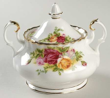 ROYAL ALBERT OLD COUNTRY ROSES -COVD SUGAR BOWL 2 HANDLED TEA SIZE - BNIB - UK - Rose Bowl Sugar