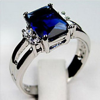Pixel Jewelry 1985 - Size7 Blue Sapphire Crystal Ring Women's 10Kt White Gold Filled Wedding Rings ()