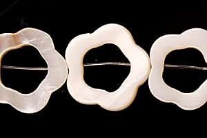 White-Lip Sea Shell Open Blossom Shell Beads Size:19x19mm