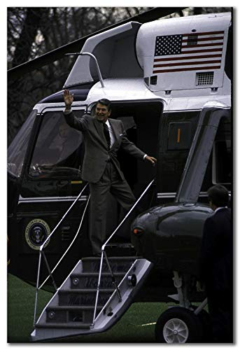 (wallsthatspeak Ronald Reagan Boarding The Presidential Helicopter Printed on 24x36 Poster Wall Art by Movie Star News)