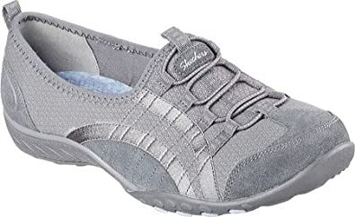 28ac43c18eaf Skechers Women s Relaxed Fit Breathe Easy Quick Wit Slip On