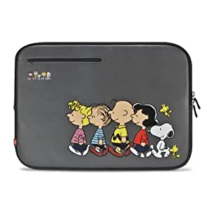 iLuv Peanuts Sleeves for MacBook 13-Inch (Peanuts Family) (iBP2113CAGRY)