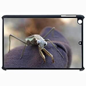 Customized Back Cover Case For iPad Air 5 Hardshell Case, Black Back Cover Design Praying Mantis Personalized Unique Case For iPad Air 5