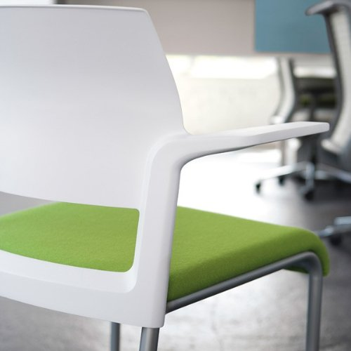 Steelcase Move Chair With Plastic Seat And Back Workpro