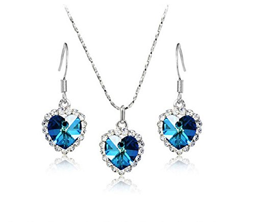 Dallas Selling Vintage Costumes Jewelry - Most Beloved Ocean Heart Blue Swarovski Elements Crystal Pendant Necklace 18