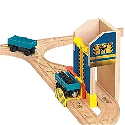 Crosby Coal Loader, 2 Cargo Cars and Load - Thomas Wooden Railway Tank Engine Train Loose: Toys & Games