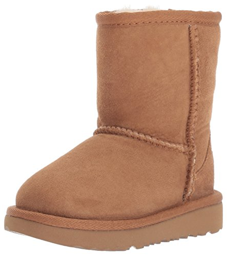 (UGG Kids K Classic II Fashion Boot, Chestnut, 4 M US Big Kid)