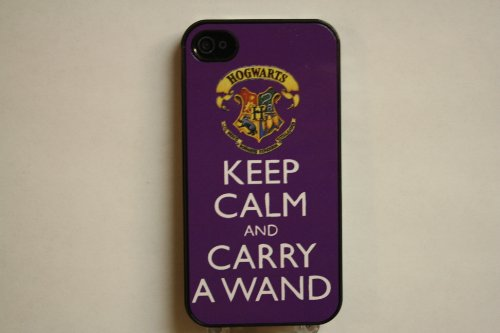 (559bi4) Purple Hogwarts Crest Keep Calm and Carry a Wand Apple iPhone 4 / 4S Black Case - Harry Potter