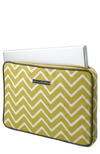 petunia-pickle-bottom-carried-away-laptop-case-sunshine-in-scandinavia