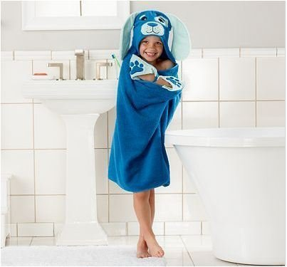 Children's Hooded Bath Beach Towel Puppy Dog by Jumping (Puppy Hooded Bath Towel)