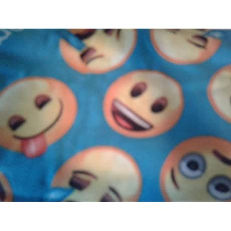 Faces Emoji Fleece Blanket And Pillowcase Crib Set 3